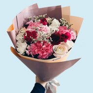 Share the love with a bouquet of fresh blooms at FlowerStore.ph