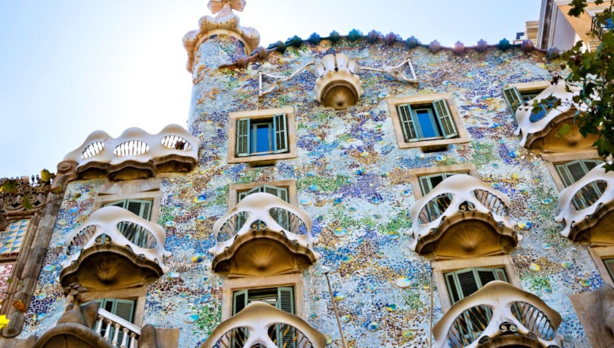 Detaillierte Frontansicht der Casa Batlló