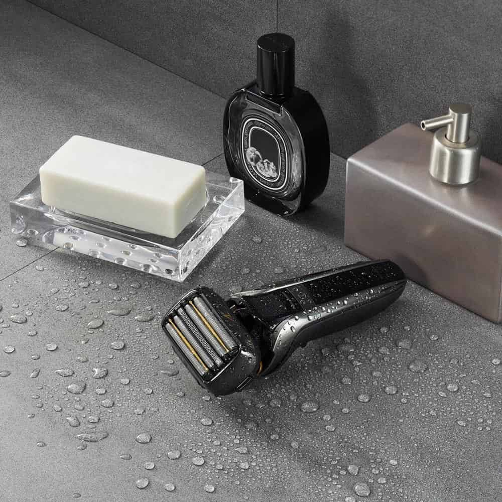 Panasonic 5-Blade  Wet/Dry Shaver with Multi-Flex 5D head