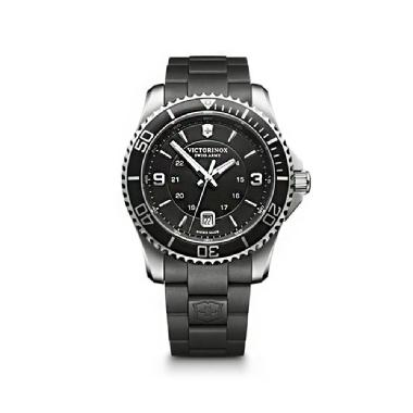 Victorinox Swiss Army Men's Maverick Silicone Rubber Black Dial
