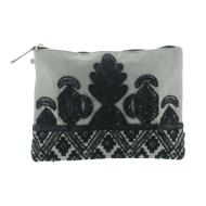 Pink Revolver Clutch Bordado Manta